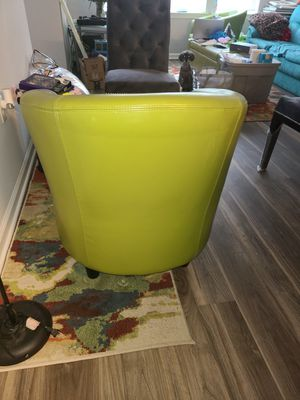 2 green chairs for Sale in Hyattsville, MD