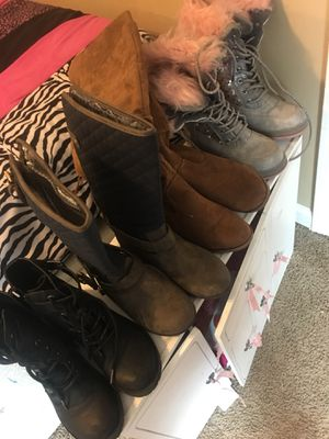 Girls boots size 1 for Sale in Olive Branch, MS