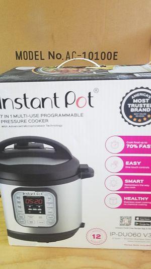 Instant Pot 7 in 1 6 quart for Sale in Orange, CA