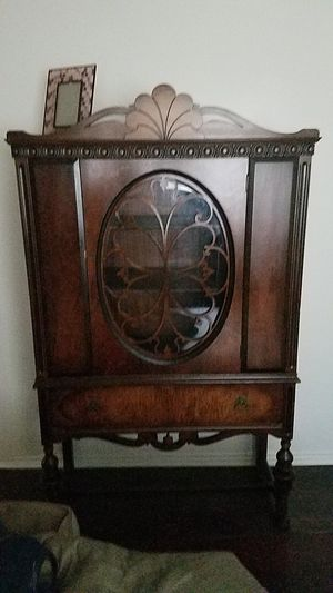 Cherry wood antique cabinet 3rd generation. Original key for Sale in Murray, UT