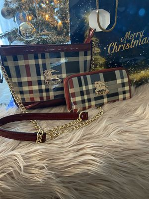 Wallet and purse for Sale in Manassas, VA