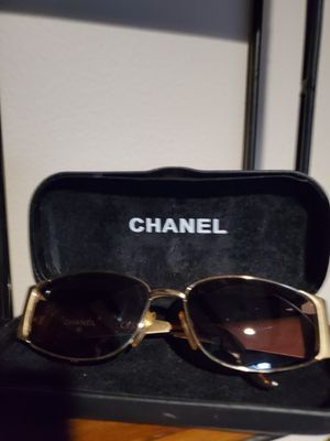 Chanel sunglasses for Sale in Pittsburgh, PA
