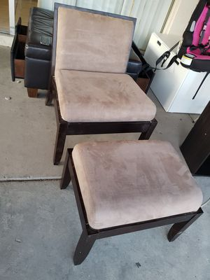 Chair and ottoman for Sale in Phoenix, AZ