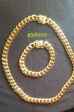 🔥🔥🔥 14k Gold Plated Miami Cuban Link Chain and Bracelet Set....Available for Delivery 🚚🚗 or Pick up for Sale in Miami, FL