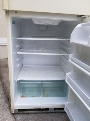 Whirlpool fridge and freezer - clean home for Sale in Orlando, FL
