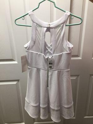 White Dress Size 5 for Sale in Kirkland, WA