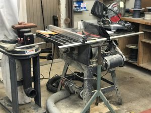 "Craftsman 10"" Stationary Table Saw with vacuum system for Sale in Edgewater, MD"