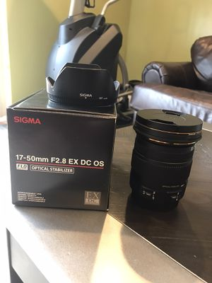 Sigma 17-50 mm F2.8 EX DC OS constant aperture zoom lens for canon for Sale in The Bronx, NY