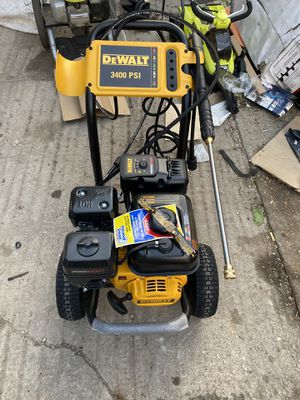 DEWALT PressuReady 3400 PSI at 2.5 GPM Powered Cold Water Gas Pressure Washer for Sale in Arlington, TX