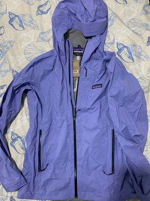 Patagonia Women's Stretch Rainshadow Jacket for Sale in Hayward, CA