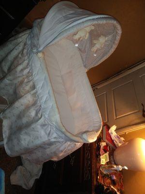 Delta Newborn Baby Crib for Sale in Tampa, FL