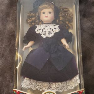Victorian Collection Porcelain Dolls by Melissa Jane 1997 Collection for Sale in Pomona, CA