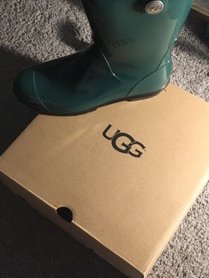 Women ugg boots for Sale in District Heights, MD