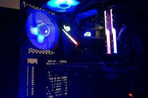 Gaming PC: Desktop AMD Ryzen 5 2600X Fully RGB Custom Build. for Sale in La Cañada Flintridge, CA