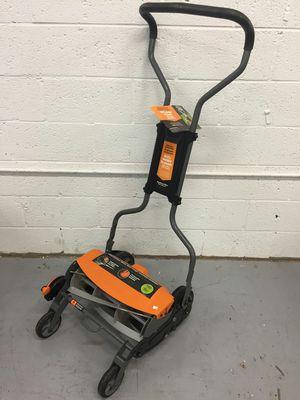 Fiskars 18 in. Cut Manual Push Non-Electric Walk Behind Reel Mower for Sale in Mesa, AZ