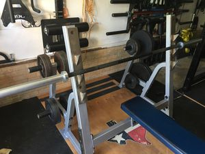 Hoist Olympic style Flat Bench press with Rogue Beater bar and weight for Sale in Burke, VA