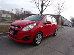 2015 Chevy Spark 5dr HB CVT LS for Sale in Chicago, IL