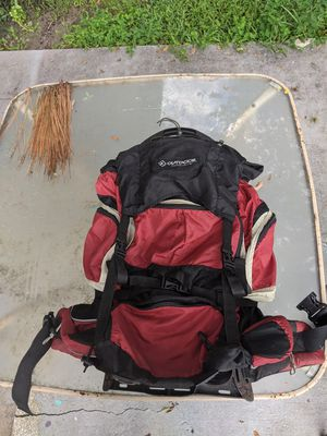 Hiking backpack with rain cover for Sale in Alafaya, FL