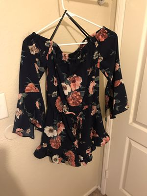 Navy flower romper for Sale in Palmdale, CA