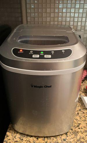 Magic chef ice maker for Sale in Scottsdale, AZ