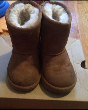 Ugg for Sale in The Bronx, NY