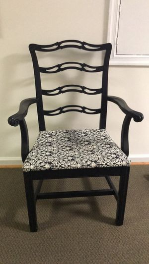 Antique Accent Chair- MUST GO! for Sale in Herndon, VA