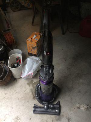 Dyson d25 vacuum for Sale in Philadelphia, PA