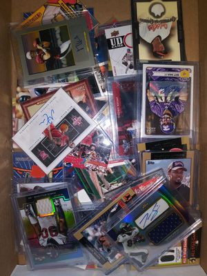 Big sports card collection baseball basketball football cards for Sale in Pasadena, TX