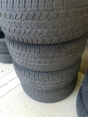 4 Tires 265 65 17 for Sale in Ford, KY