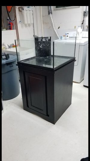 30 gal fish tank for Sale in Freehold, NJ