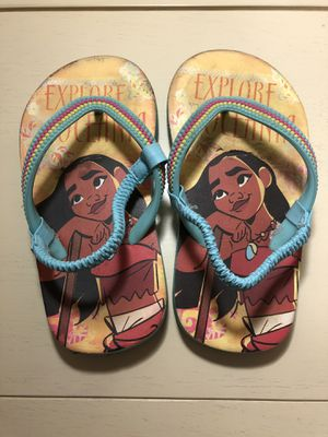 Moana toddler size 9/10 flip flop for Sale in San Diego, CA