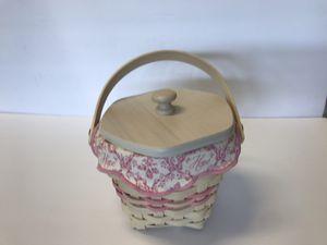 Longaberger Vintage Basket With Topper for Sale in Jurupa Valley, CA