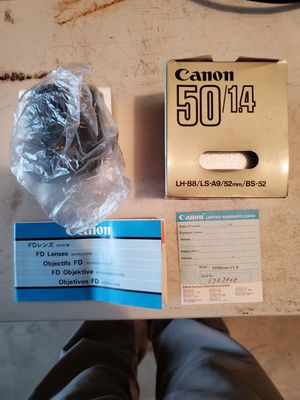 Canon FD 50mm f1.4 camera lens for Sale in Everett, WA