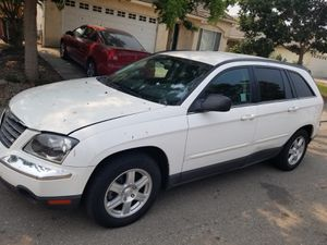 2006 Chrysler Pacifica under 89,500 miles - 3rd row seats. Crossover/SUV sport wagon. for Sale in Stockton, CA