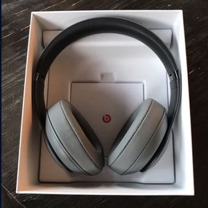 Beats Studio 3 Noise Cancelling Headphones for Sale in Rancho Santa Fe, CA
