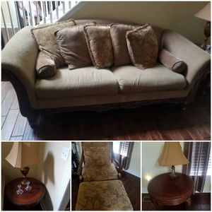 sofa chair ottoman and 2 tables with lamps willing to negotiate price for Sale in Midlothian, VA