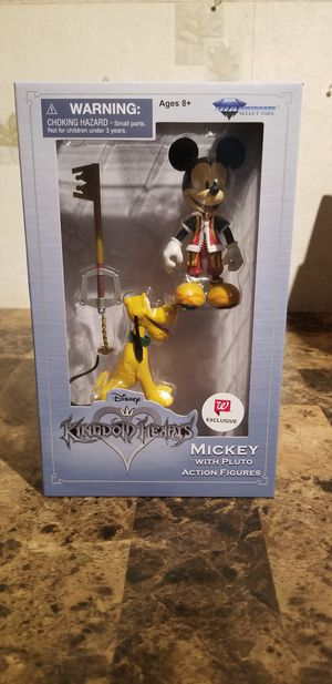 Diamond Select Toys Disney Kingdom Hearts Mickey Mouse w/ Pluto Exclusive Figure for Sale in Florissant, MO