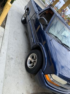 Truck Chevy s10 for Sale in Westminster, CA
