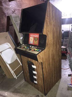 Neo Geo Arcade machine . 2 slot with 2 games. Puzzle bubble and soccer . Candy can , Golden NEO . Konami, taito , Capcom , Nintendo , Sega . for Sale in Whittier, CA