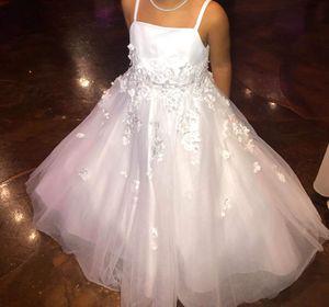 Flower girl dress 5t for Sale in Richardson, TX
