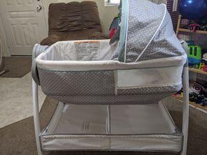 Graco bassinet for Sale in Gilbert, AZ