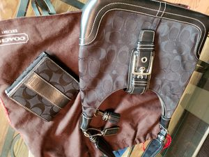 Authentic Coach Hobo signature black canvas and leather with matching wallet and dust bag for Sale in Beaverton, OR