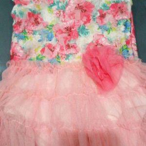 Beautiful 💕 dresses 9-12 months for Sale in Phoenix, AZ