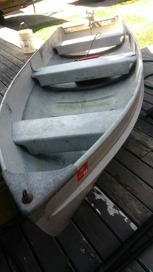 12' Aluminum Boat & 7.5 Outboard Motor for Sale in Clackamas, OR