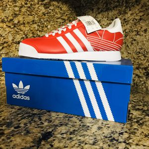 Men's adidas shoes size 8.5 and 9 for Sale in Hialeah, FL