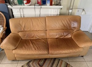 Gorgeous Leather Couch for Sale in West Palm Beach, FL