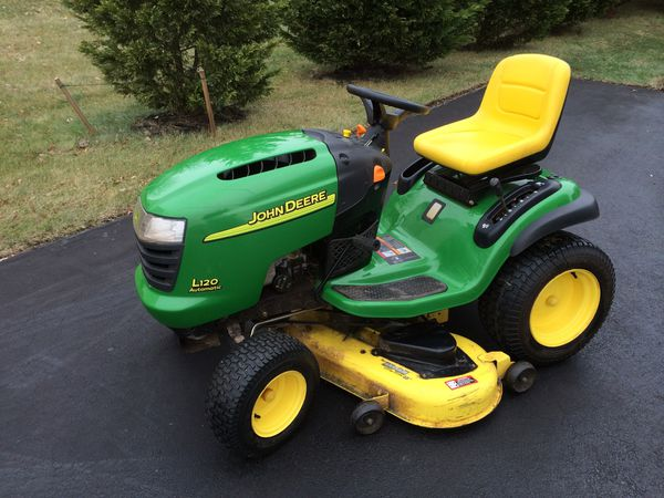 John Deere L120 with Cart and Leaf blower/bag