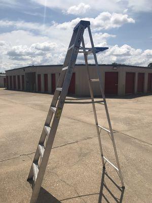 Werner 8' Aluminium step ladder ( 250 lb) for Sale in Austin, TX