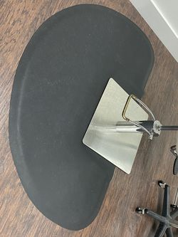 Salon Mats for Sale in Pompano Beach,  FL