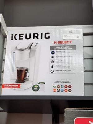 Keurig Coffee Maker K-Select for Sale in Framingham, MA